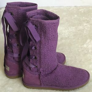 UGG heirloom lace up purple boots may fit WMN sz5
